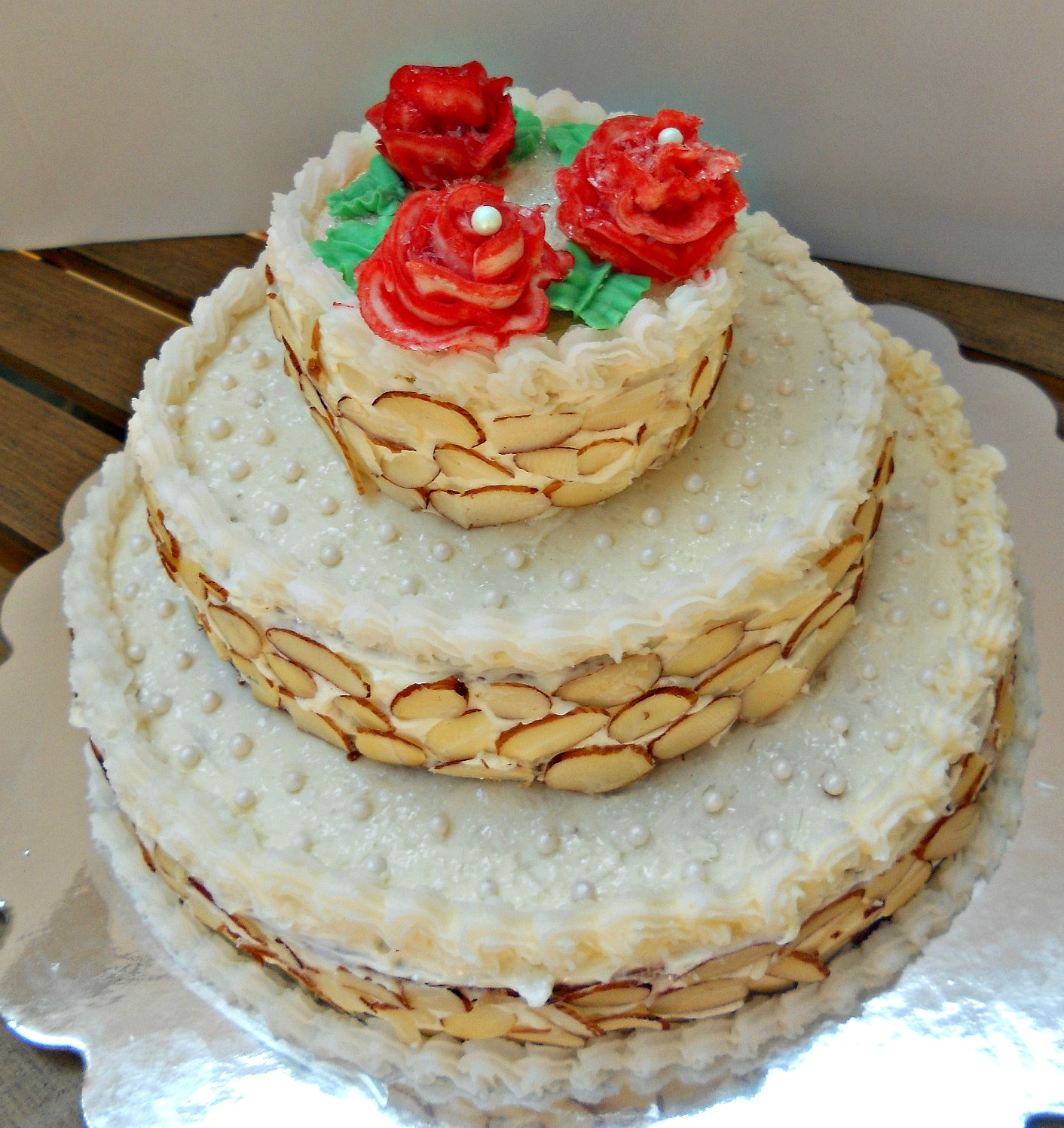 Three Tiered Wedding Cake - Hezzi-D s Books and Cooks