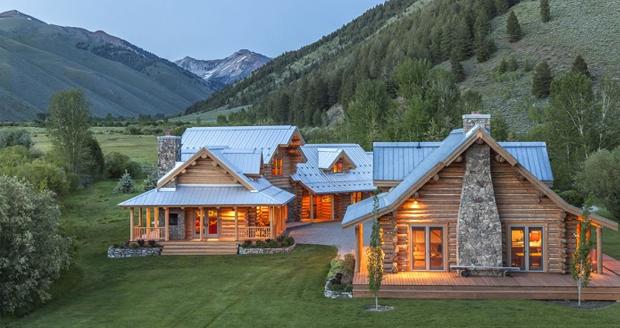 Steve McQueen's Ranch - Pioneer Moon Ranch