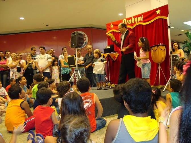 Pátio Alcântara apresenta o espetáculo 'Noite Mágica'
