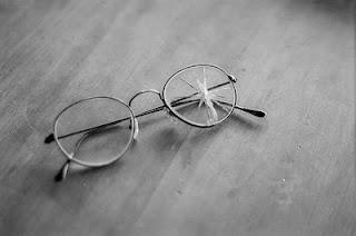Fix Broken Eyeglass Frame : BROKEN EYEGLASSES Glass Eyes Online