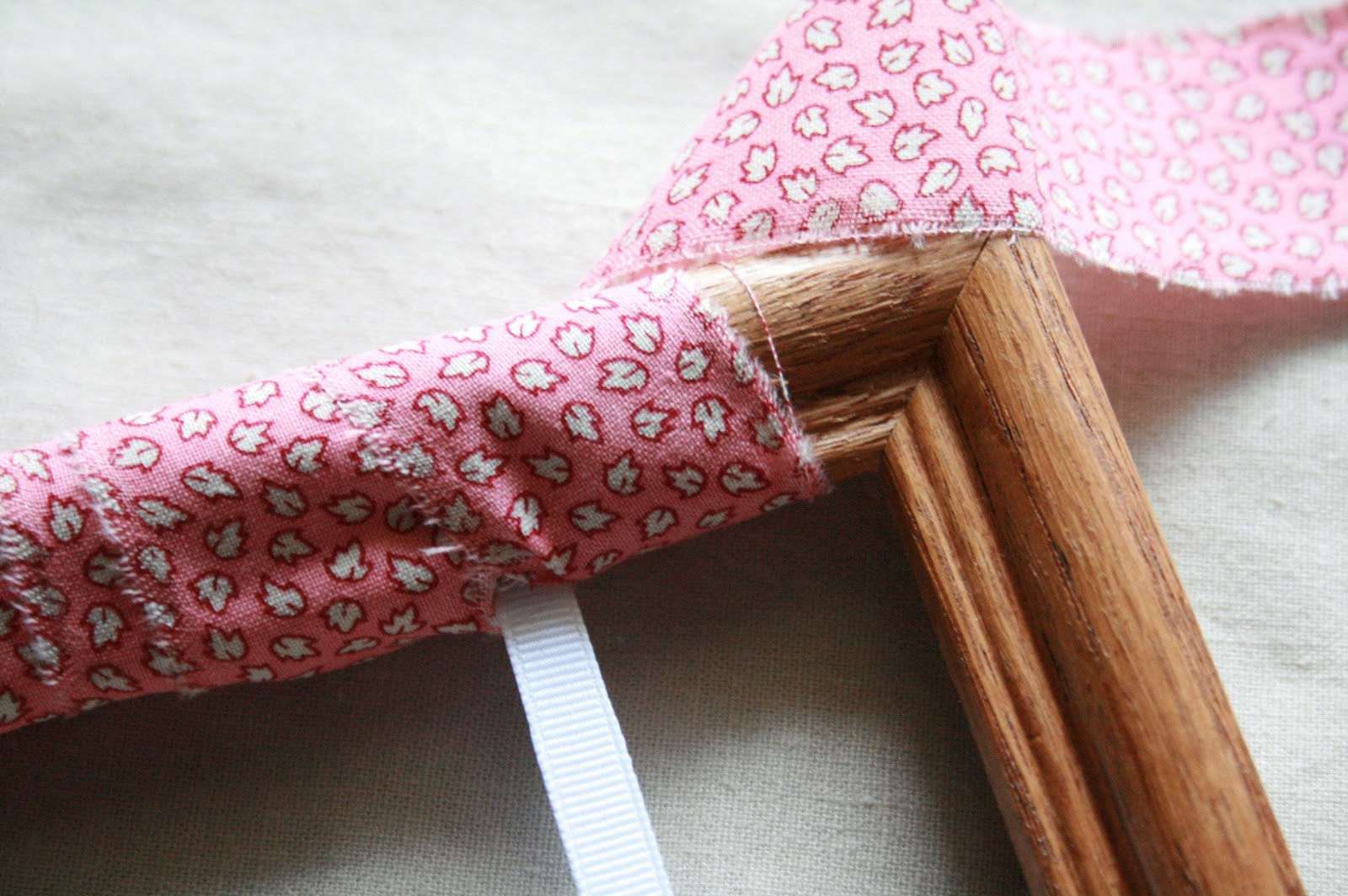 The Creative Place: DIY :: Fabric Scrap Wrapped Frame