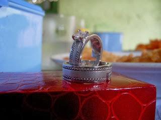 cincin kawin unik