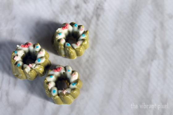 Christmas Treats Series: White Chocolate Matcha Wreaths