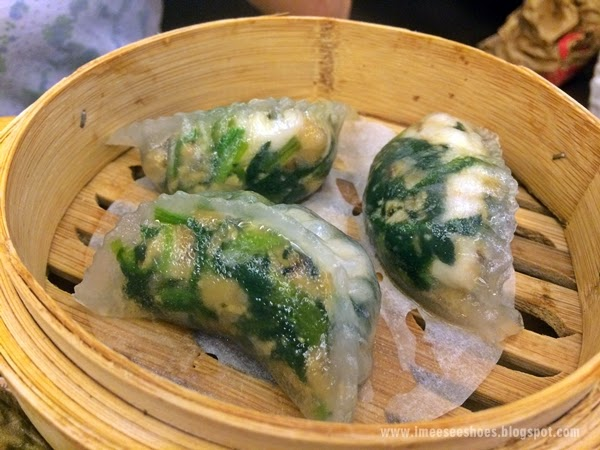 spinach, shrimp, steamed