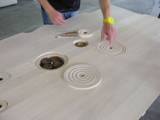 Wave Tisch von Salih Teskeredzic für Rukotvorine Holzmöbel