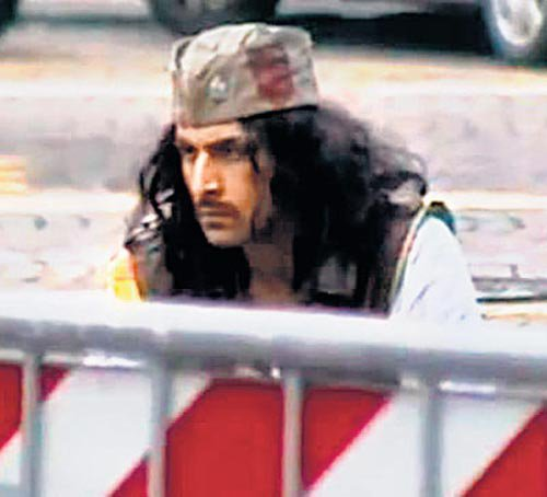 First Look : Ranbir Kapoor's look in Rockstar