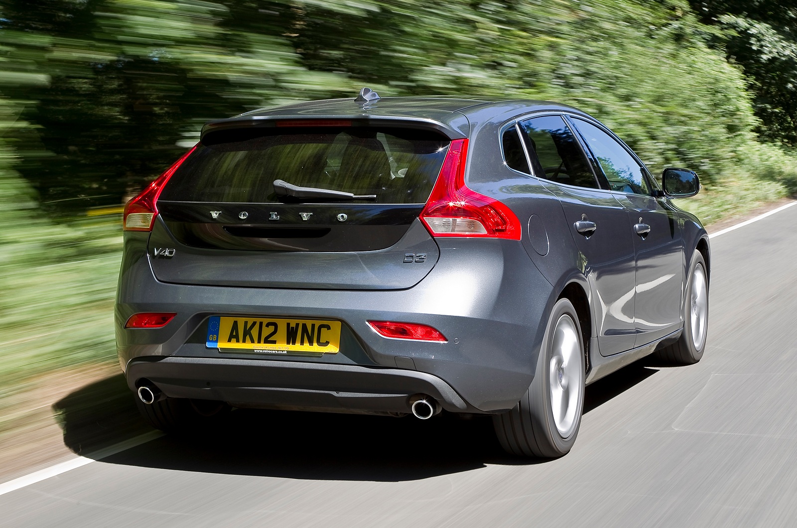 2013 volvo v40 review car information news reviews. Black Bedroom Furniture Sets. Home Design Ideas
