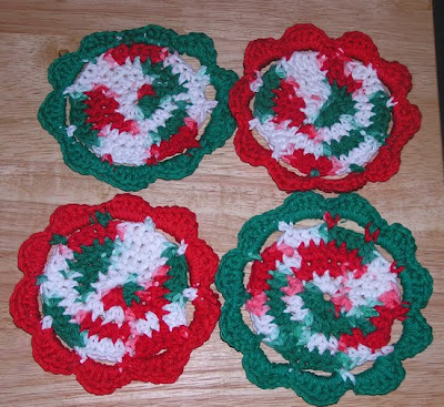 Free Crochet Pattern 90228AD Lorelei the Lady Bug : Lion Brand