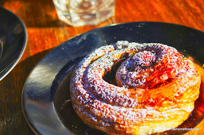 thehomefoodcook - bourke street bakery marrickville - cinnamon roll