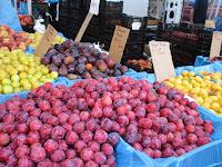Caradonna plums