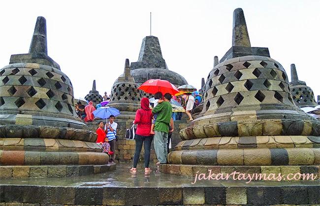Estupas en el Borobudur
