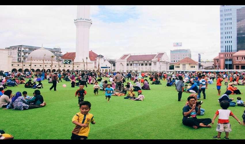 Taman Tematik Jadi Tempat Ngabuburit Favorit di Bandung