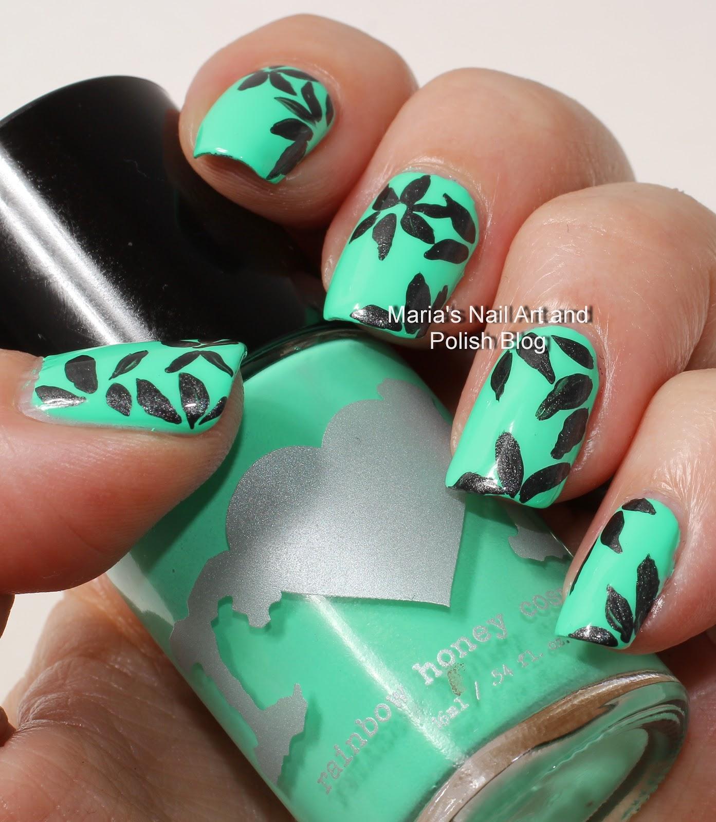 Marias nail art and polish blog floral petal nail art in black floral petal nail art in black and green prinsesfo Gallery