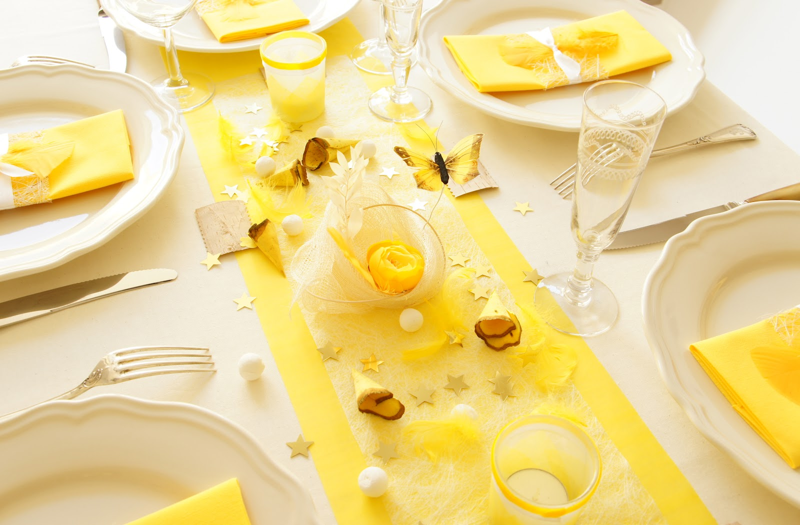 Ma boutique d co table d coration de table d co table for Decoration jaune