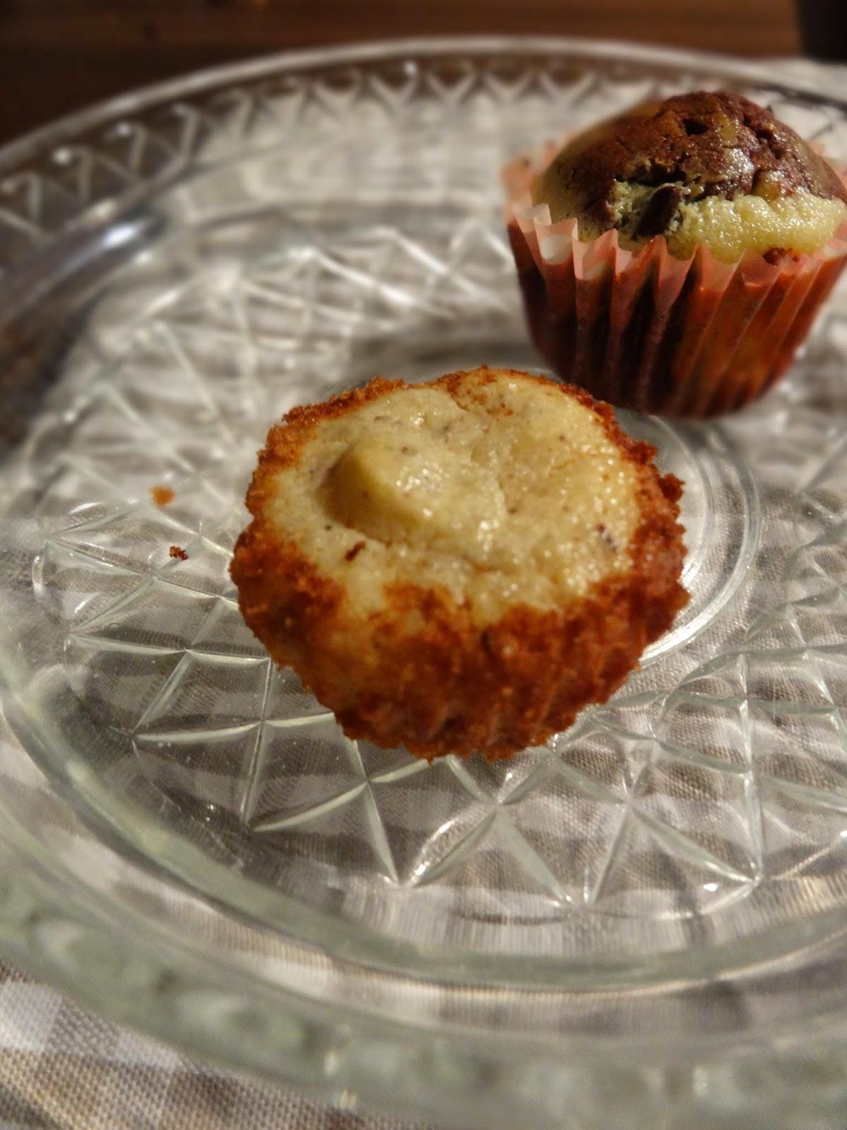Mini-Käsekuchen-Muffins mit Schokolade und Grieß