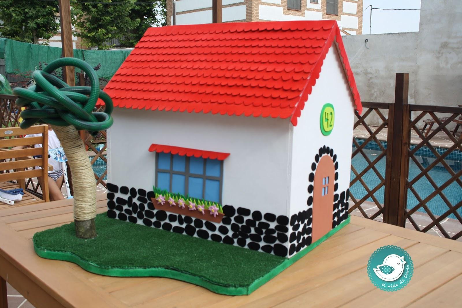 El nido de dar o una casita para el gatito piriby - Casa de goma eva ...