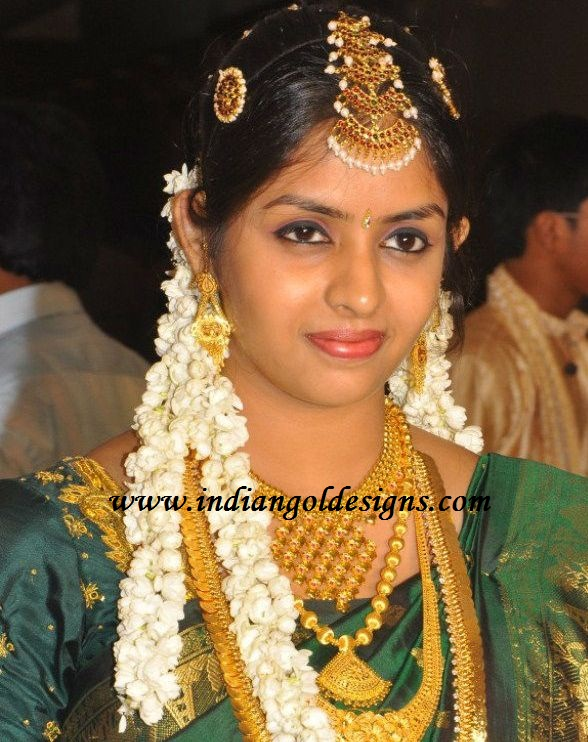 Gold and Diamond jewellery designs south indian gold bridal jewellery