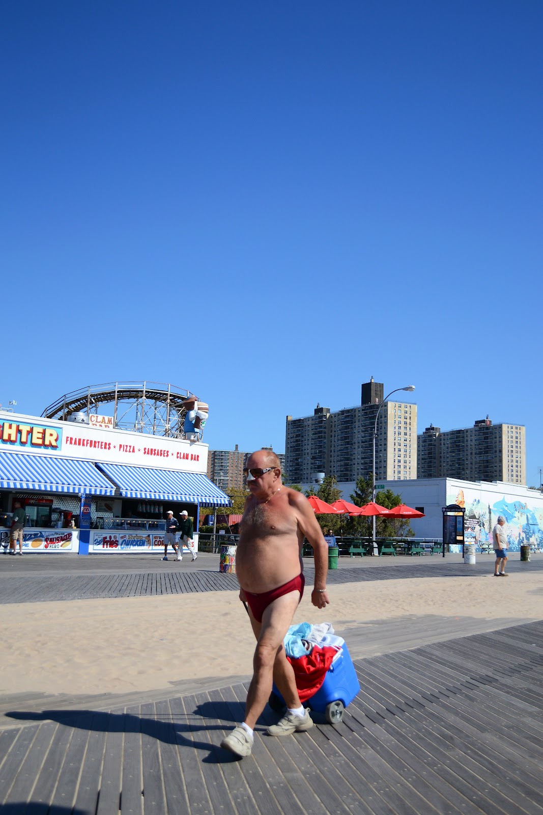 naked man coney island