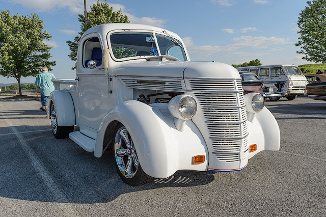 Street Rod truck at the Ranson Cruise-in