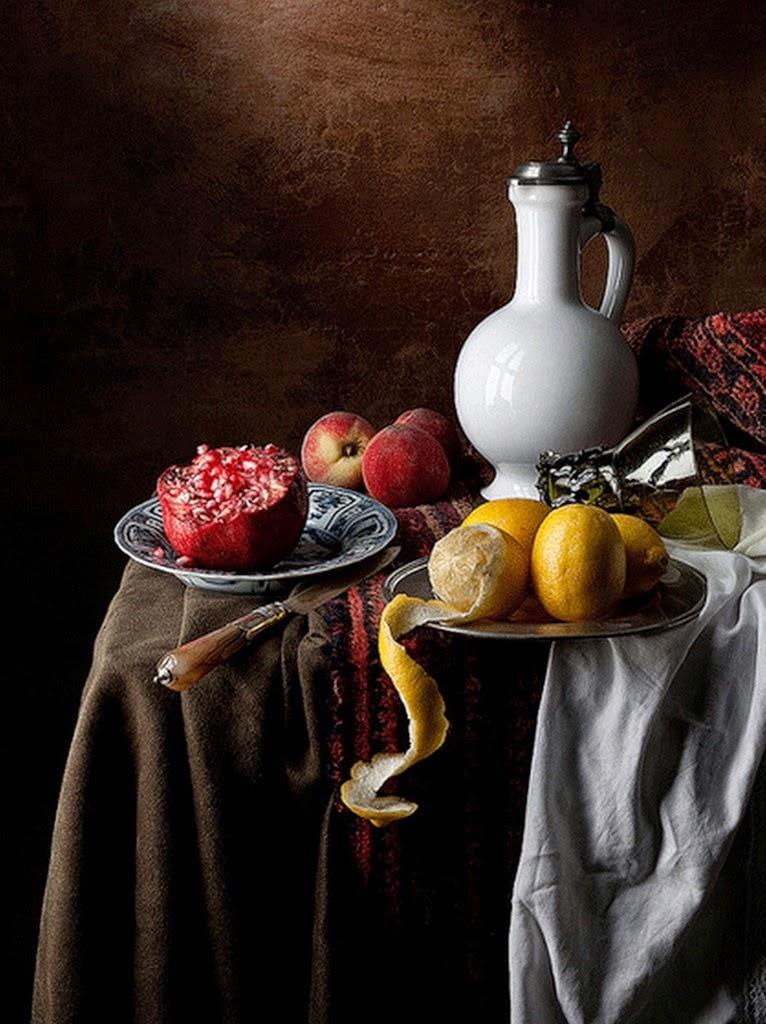 bodegones-realistas-con-frutas-y-teteras