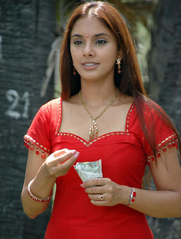 Actress Rineelrouth Hot Photos Gallery navel show