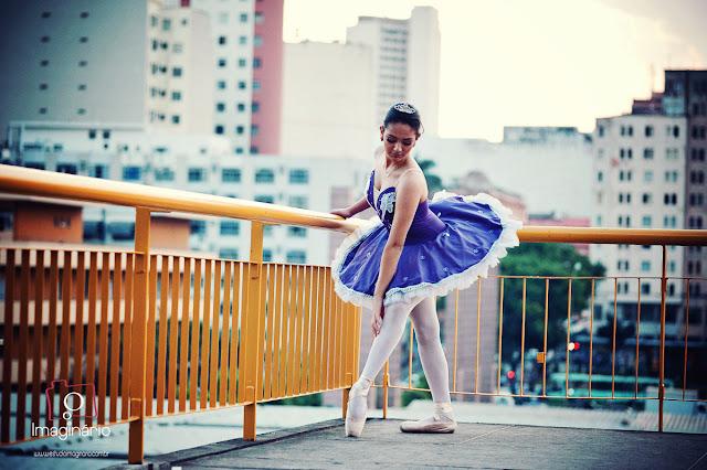 book fotos 15 anos bh julia bailarina flores
