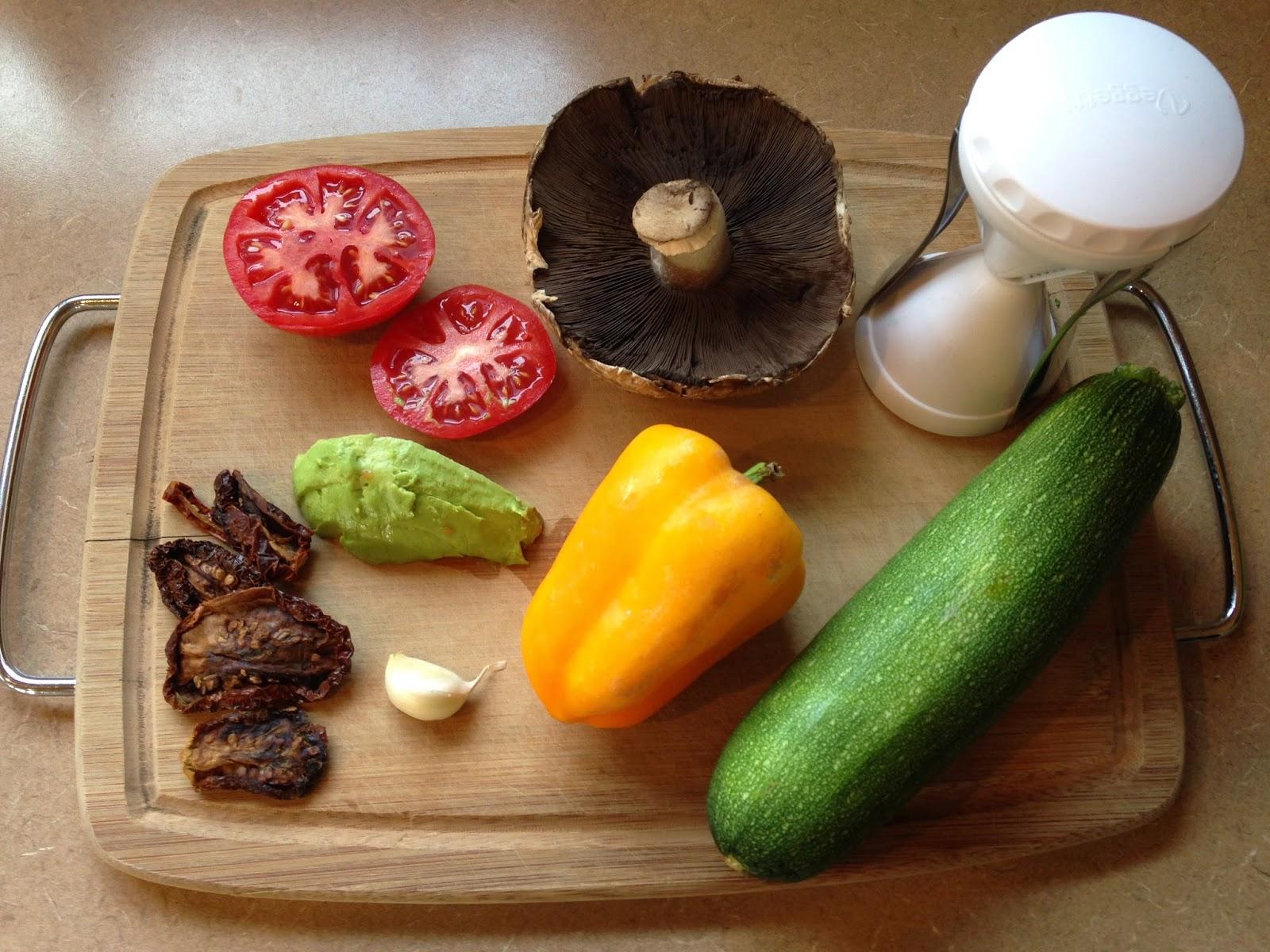 RAW Living and Learning: Creamy Tomato Sauce (Vegan, Salt Free, Oil ...
