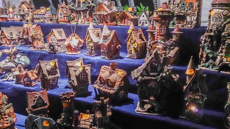 feria medieval, mas grande, madrid, alacala de henares, cervantes, lugares, semana cervantina, turismo, que hacer, españa, cuento, casa, casita, fairytale,
