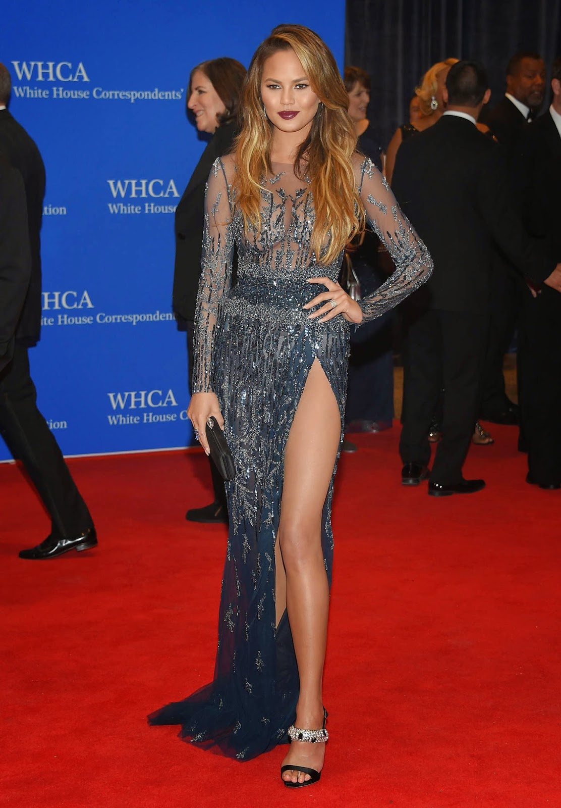 Chrissy Teigen Shows Off Legs For The 2015 White House