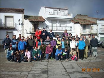 Participantes de la ruta senderista