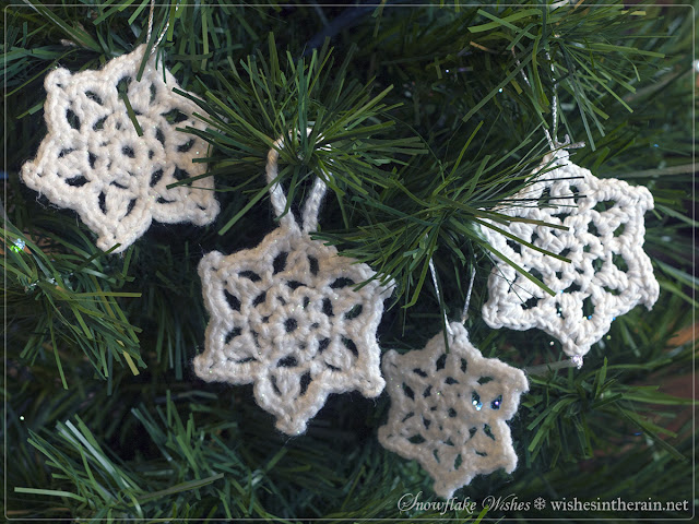crochet snowflake ornaments - www.wishesintherain.net