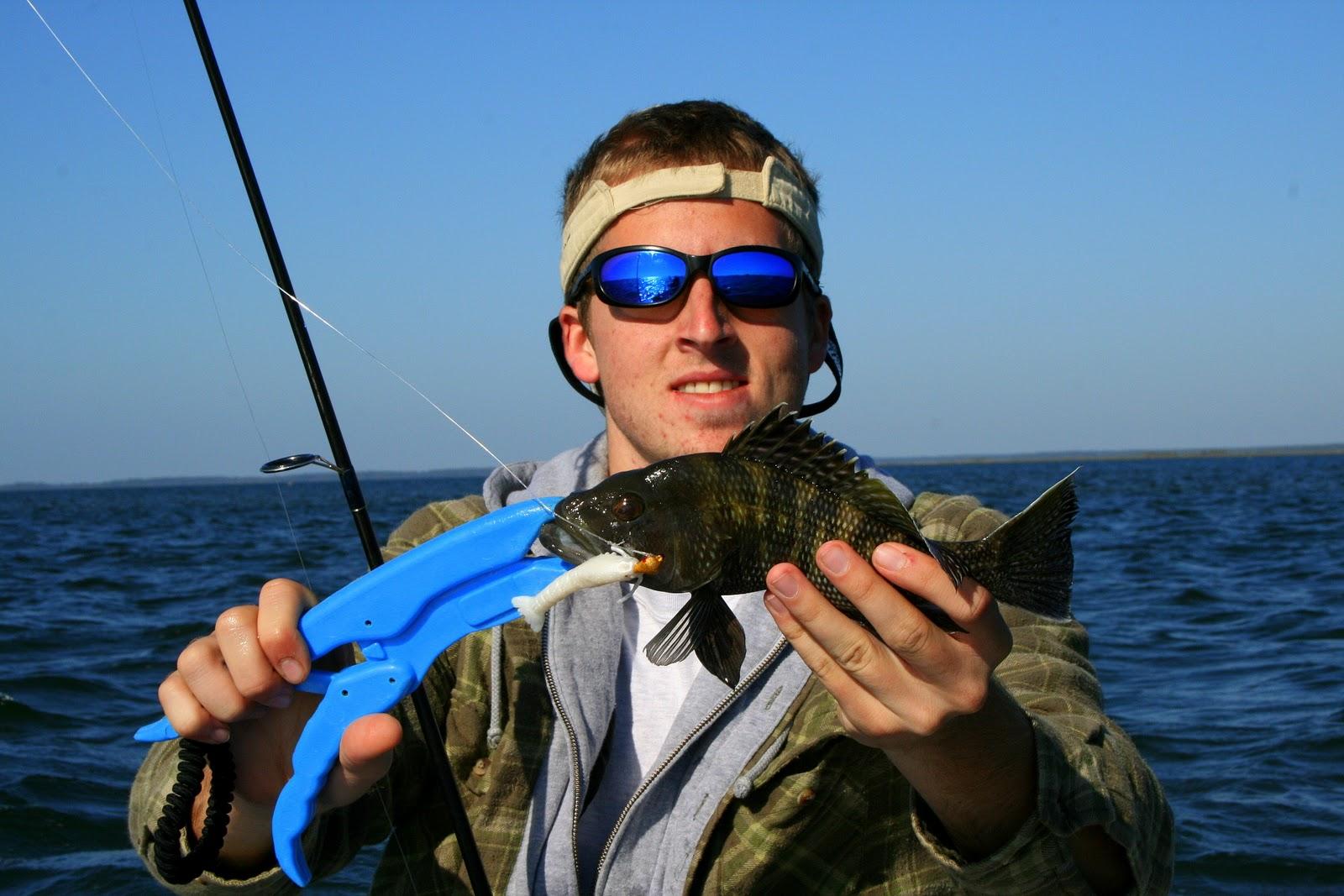 Florida gheenoe fishing breezy start to november in the for Fishing in november