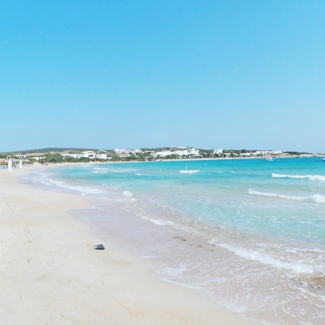 Jelena Zivanovic Instagram @lelazivanovic.Glam fab week.Santa Maria beach,Paros.