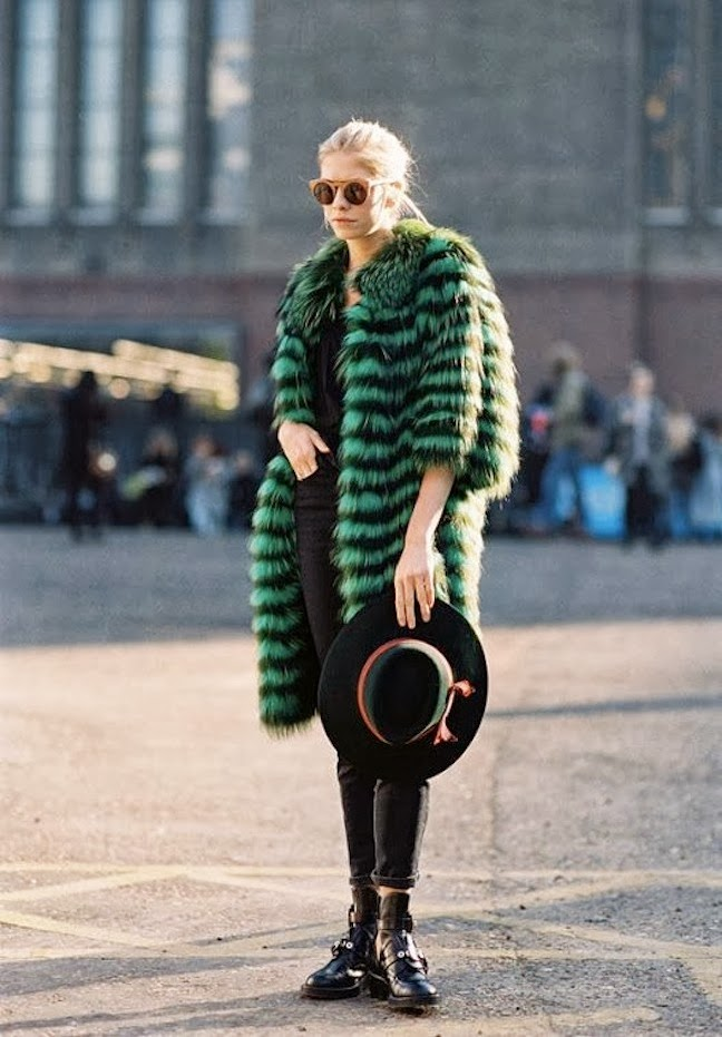 colored fur trend, street style