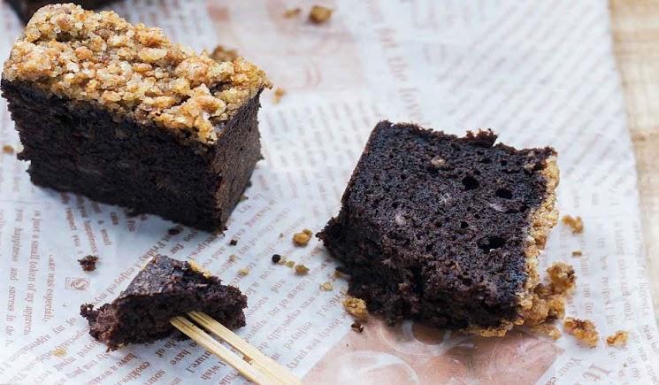 Resep Kue Bolu Ketan Hitam Coklat Pisang dan Streusel