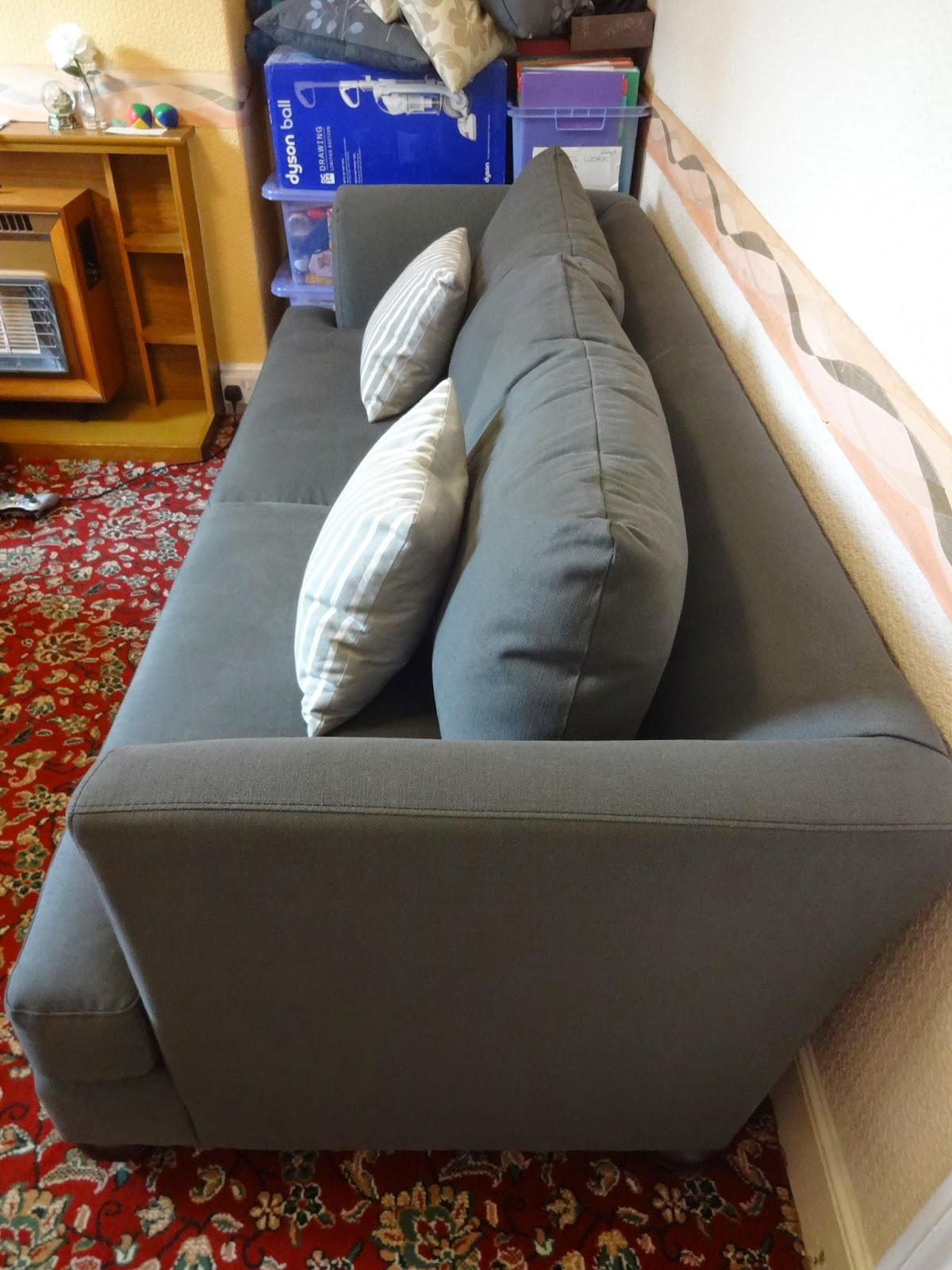 ... You Can Style It However You Please, Weu0027re Using The Smaller Cushions  As Arm Cushions, As I Tend To Sit On Sofas Sideways, With My Back Against  The Arm.