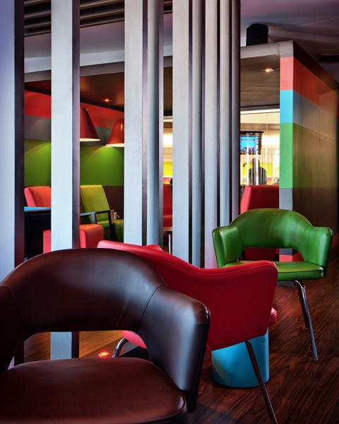 Dise o de interiores escuela de arte de motril lounge bar for Escuelas diseno de interiores
