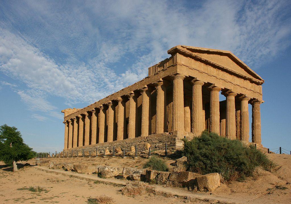 Piazzarotonda arquitectura griega for Arquitectura griega templos