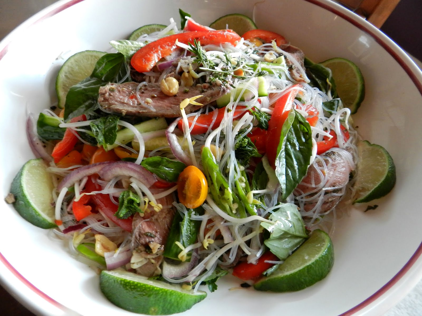 Mangia e Beve: Thai-Style Cellophane Noodle Salad with Lamb