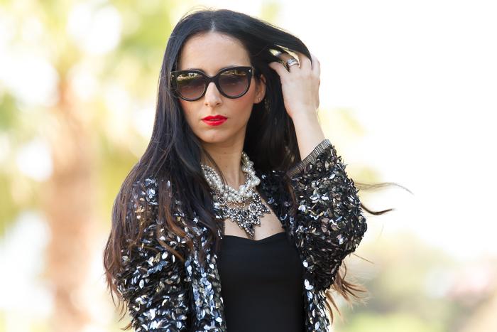 Blogger de moda valenciana con chauqeta de paillettes