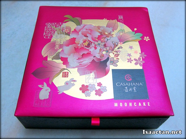 Bright purplish pink mooncake box, bearing the Casahana Logo