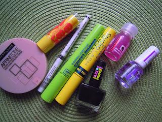 Rossmanowy raj dla kobiet :) czyli co kupiłam na promocji -40% na kolorówke