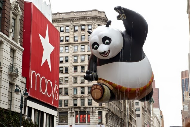 macys_thanksgiving_day_parade_manhattan_2013