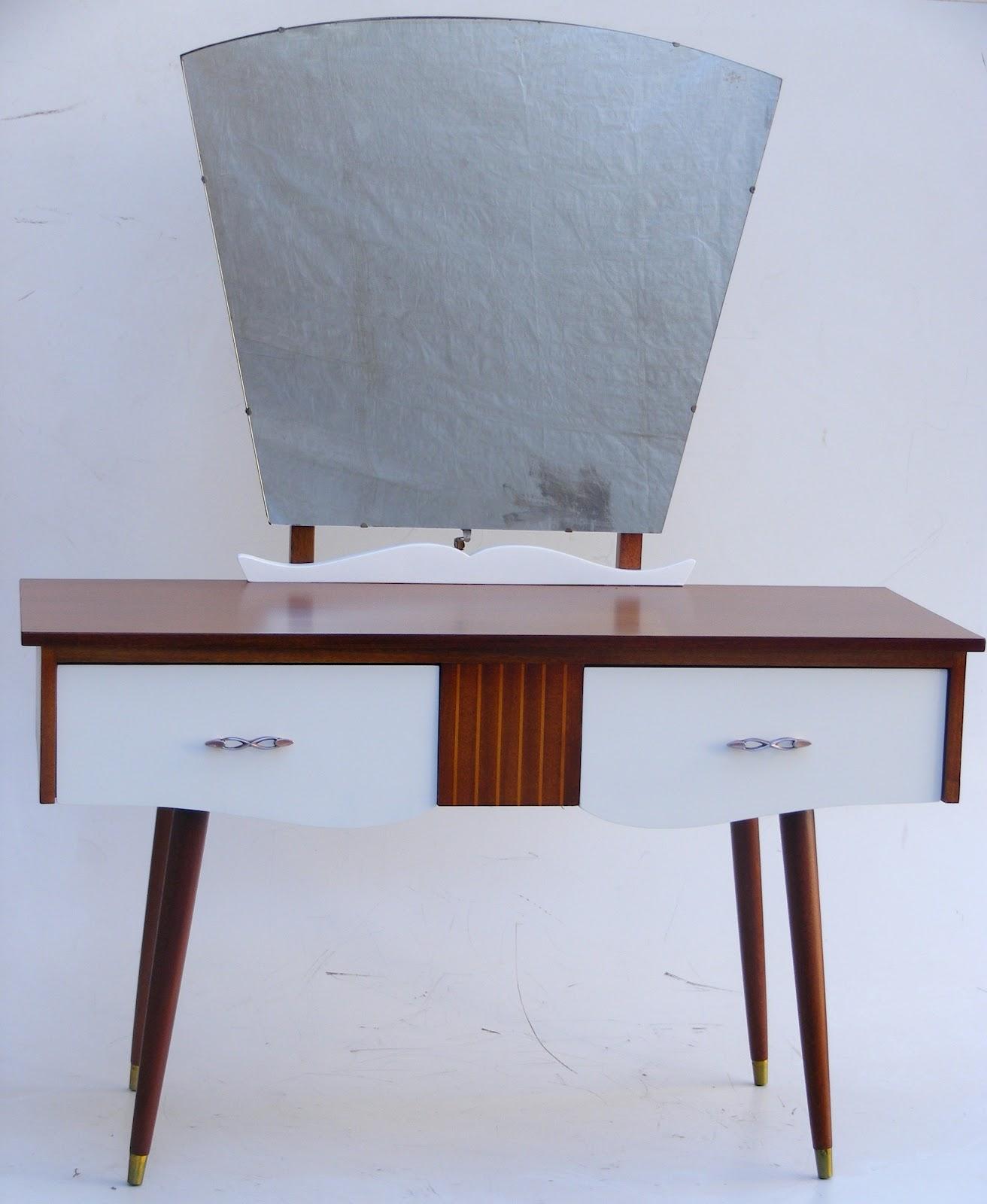 Vamp furniture new vintage furniture stock at vamp for Retro dressing table