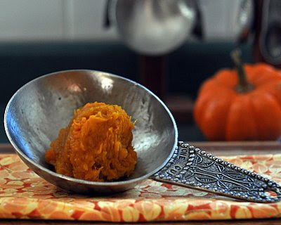 To make homemade pumpkin purée, use a kabocha squash, not a pumpkin. For Weight Watchers, #PP3 #KitchenParade