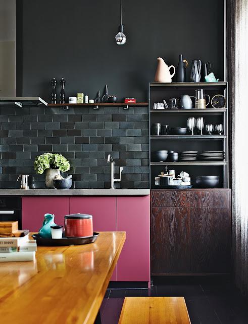 Designklassiker im skandinavischen Mid-Century Design in Berlin: erfrischend pink!