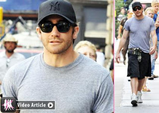 Jake Gyllenhaal's Mommy-Time on 'Good Girls' Set » Gossip | Jake Gyllenhaal