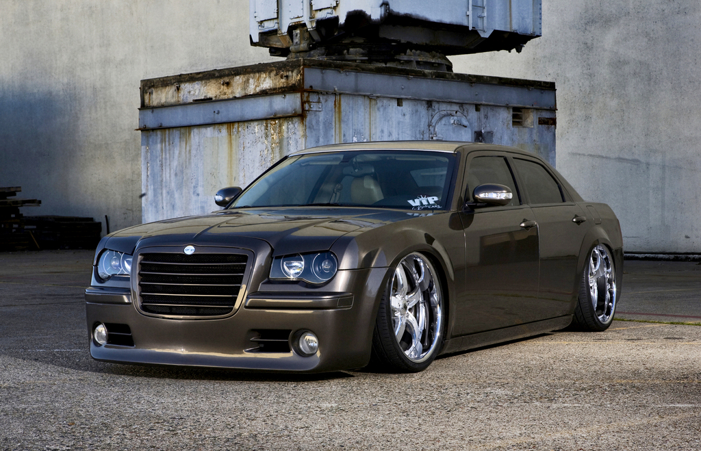 Chrysler 300c slammed modified cars modified chrysler 300c