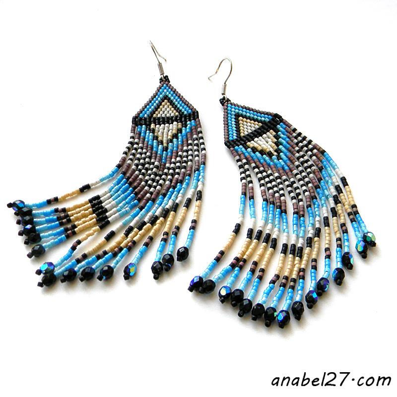 Яркие длинные серьги из бисера - этно-стиль