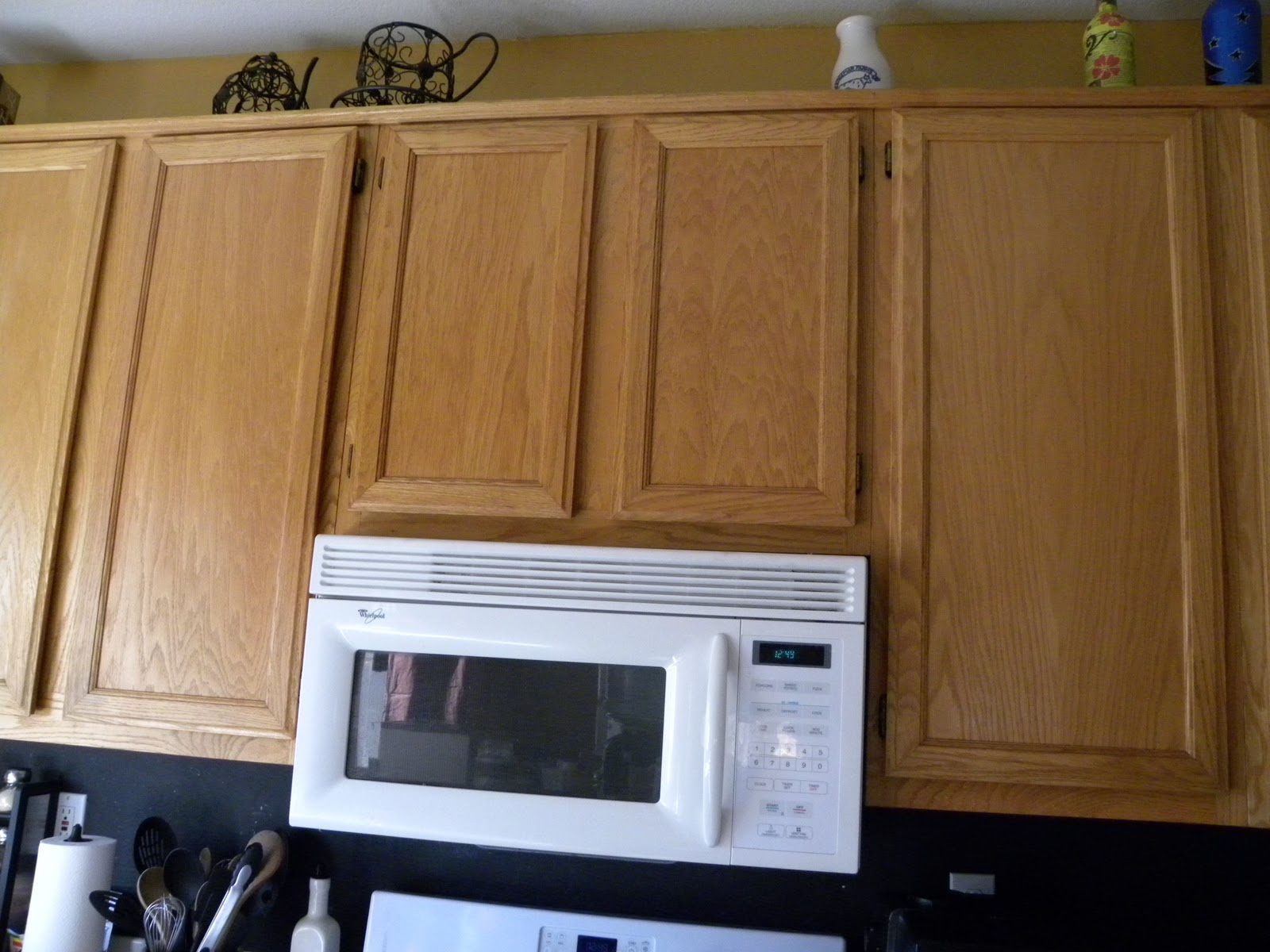 Sassy scarlett kitchen cabinet to do list for Best thing to line kitchen cabinets